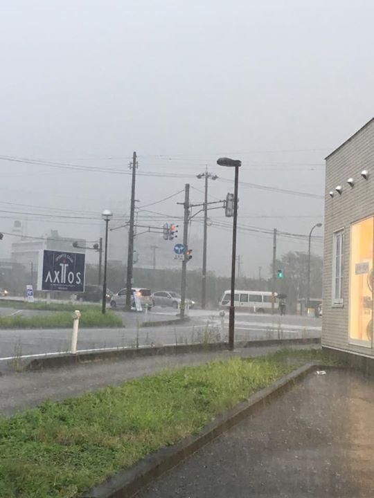 高岡市 選挙 雨
